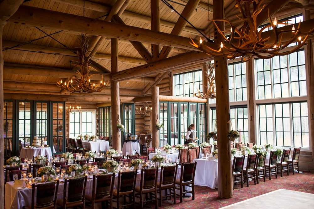the interior setting and decor for a wedding at beano's cabin in colorado